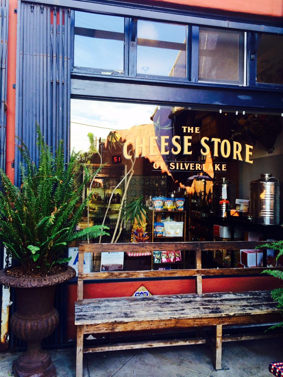 Cafe Stella Silverlake Hours